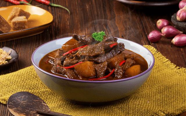 resep semur daging sapi kecap bango