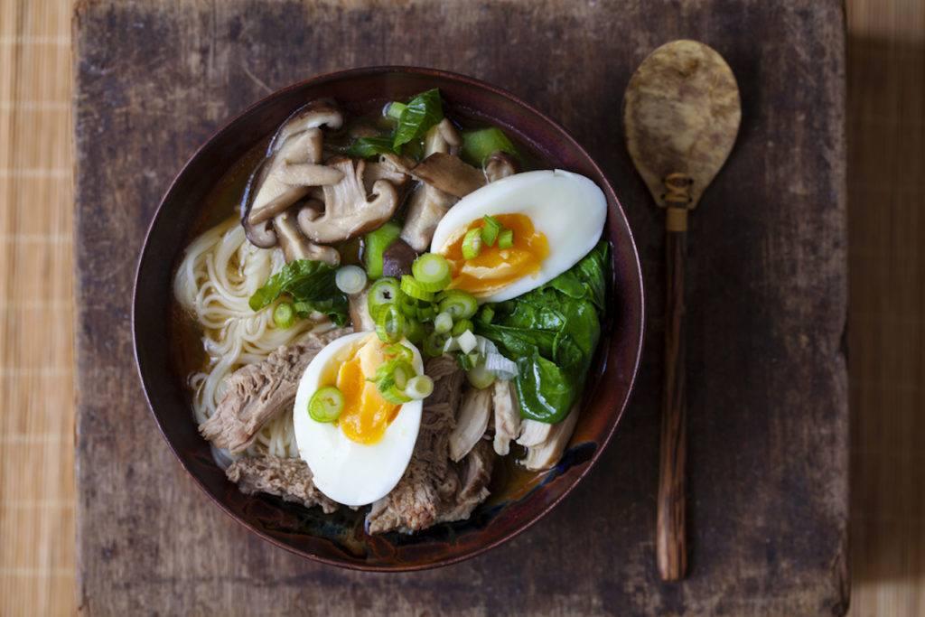 6 Menu Makan Malam yang Nggak Bikin Kamu Gendut