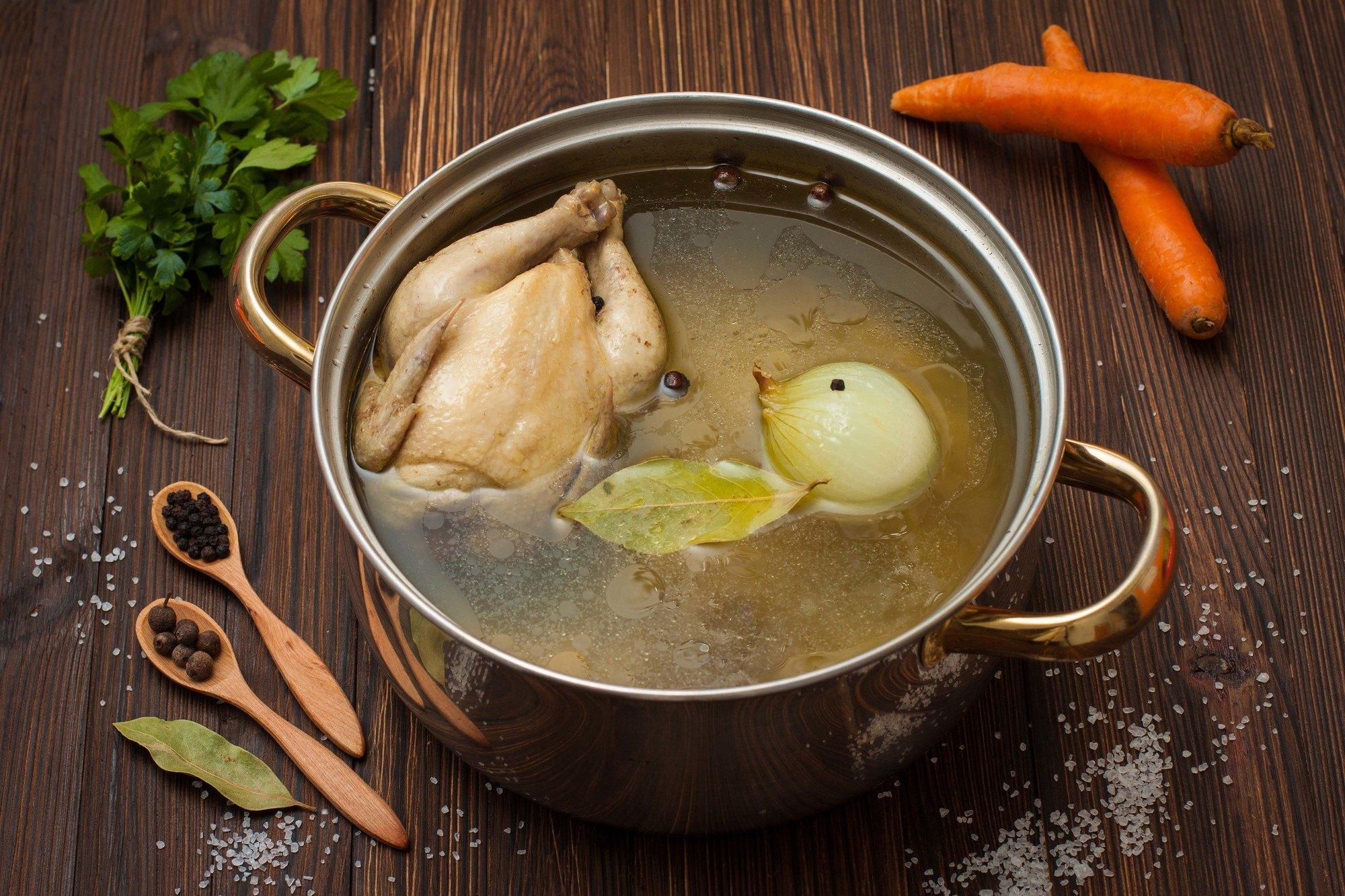 Bagaimana Bisa? Cara Membuat Kaldu Ayam Sedap dari Nol