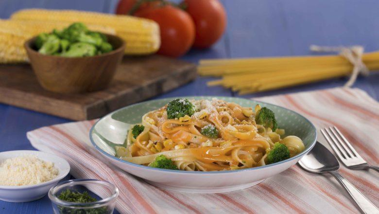 fettuccine brokoli saus jagung