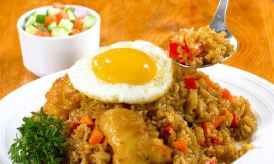nasi goreng rendang ayam crispy
