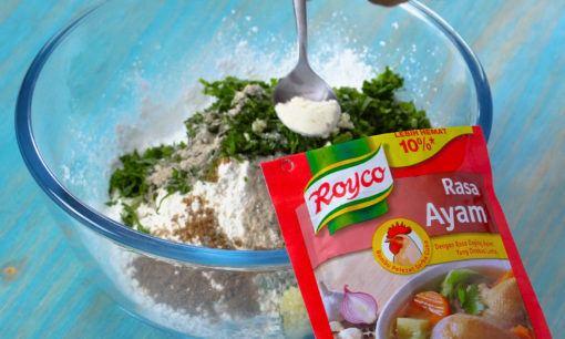 adonan cimol dalam mangkuk