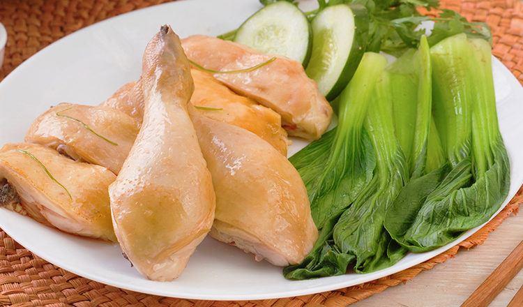 Ayam rebus untuk resep Nasi Ayam Hainan.