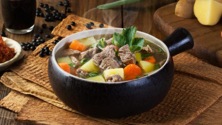 Resep Sop Daging Sapi Masak Apa Hari Ini