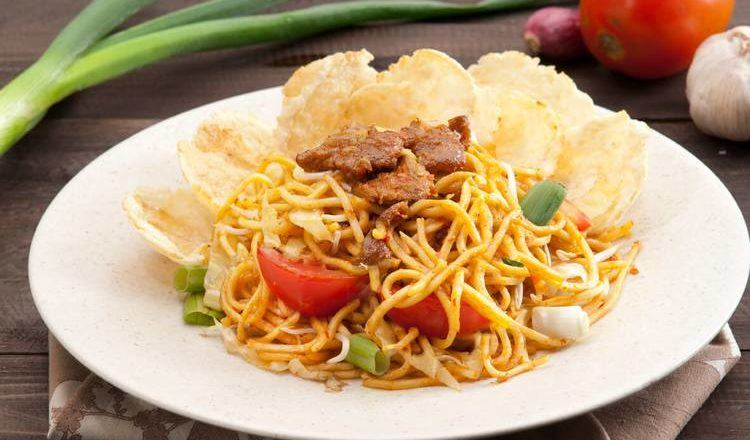 Mie Aceh Goreng Kambing ala Restoran Sajian Akhir Pekan.