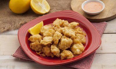 Ayam popcorn siap dinikmati.