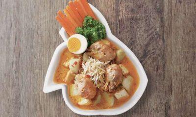 Semangkuk soto bongko khas Sumedang.