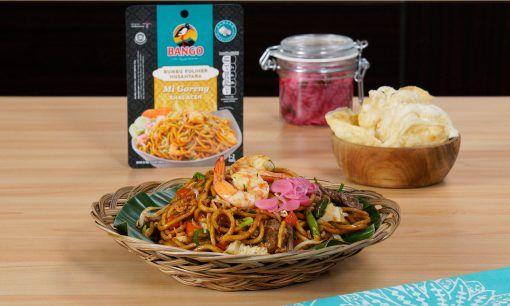 Hasil masak resep mie Aceh disajikan.