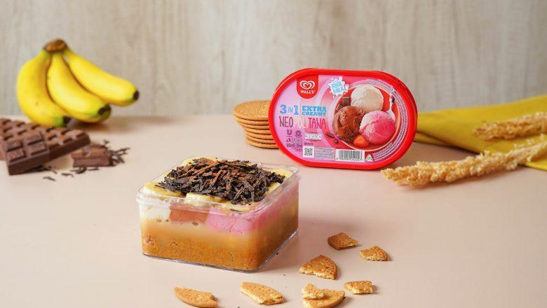 Banoffee dessert box disajikan dengan bahan-bahannya.