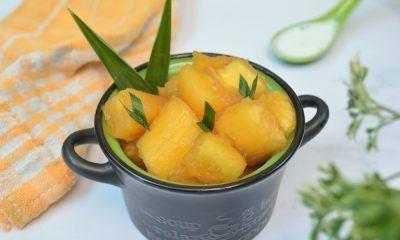 Singkong Thailand rebus disajikan dalam mangkuk hitam.