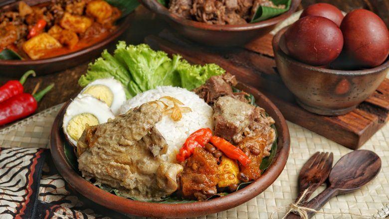 Resep gudeg untuk pencinta sayur nangka muda.