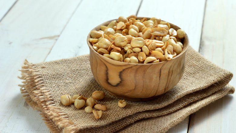 Semangkuk kacang bawang siap disantap.