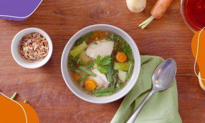 resep sup ayam bening disajikan